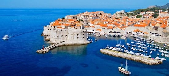 4* Croatia getaway w/breakfast & flights