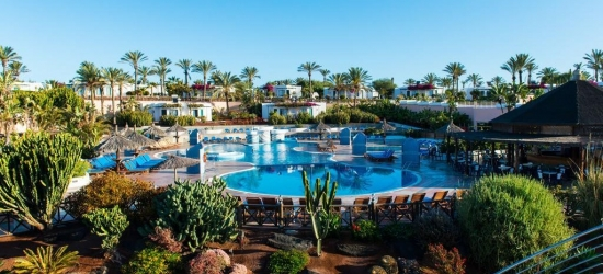 4* all-inclusive Lanzarote escape w/flights