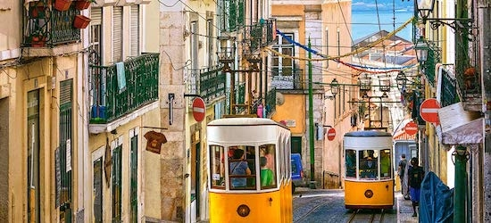 4* Lisbon city break w/flights