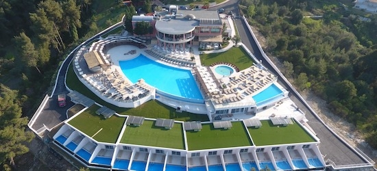 5* all-inclusive Halkidiki holiday w/flights