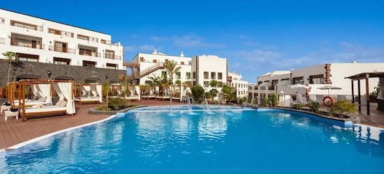 5* all-inclusive Lanzarote holiday w/flights