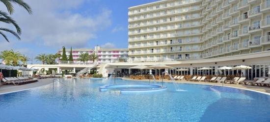 4* Mallorca getaway w/breakfast & flights