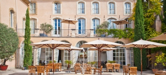 €50 per persona a per notte | Château de Massillan, Provenza, Francia