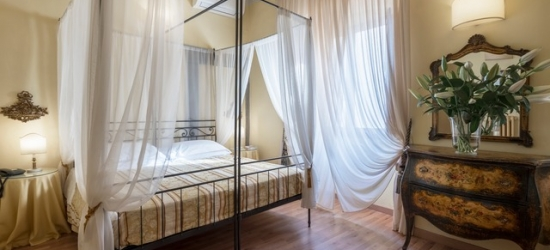 $ Based on 2 people per night | Elegant Florence boutique hotel in a former palace, Palazzo dal Borgo, Italy
