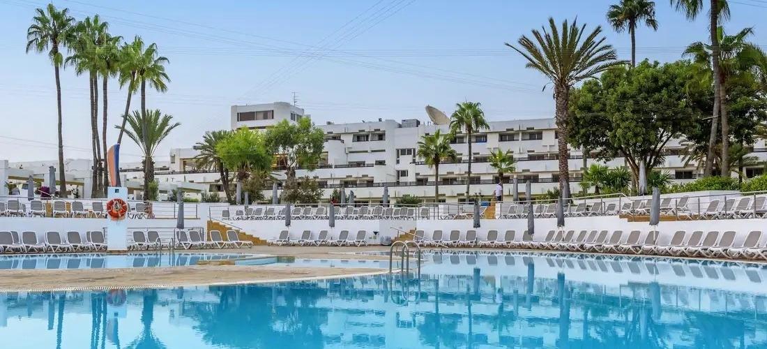 4* all-inclusive Morocco getaway w/flights
