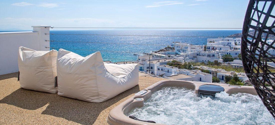 5* luxury Mykonos break w/breakfast & flights