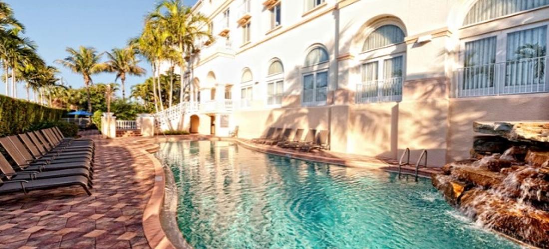$ Based on 4 people per night   Elegant Naples gem a few blocks from the beach, Hilton Naples, Florida