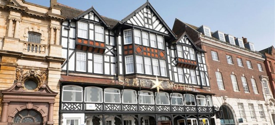 £69 -- Norfolk getaway w/breakfast & bubbly, save 48%