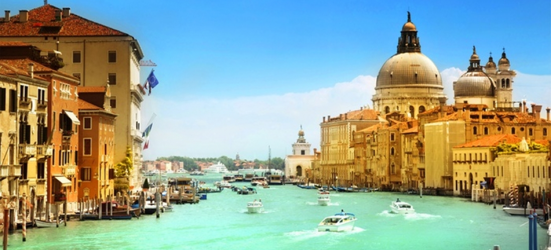 ✈ Venice and Lake Garda: 4 or 6 Nights at a Choice of Hotels with Flights and Internal Train Transfer*
