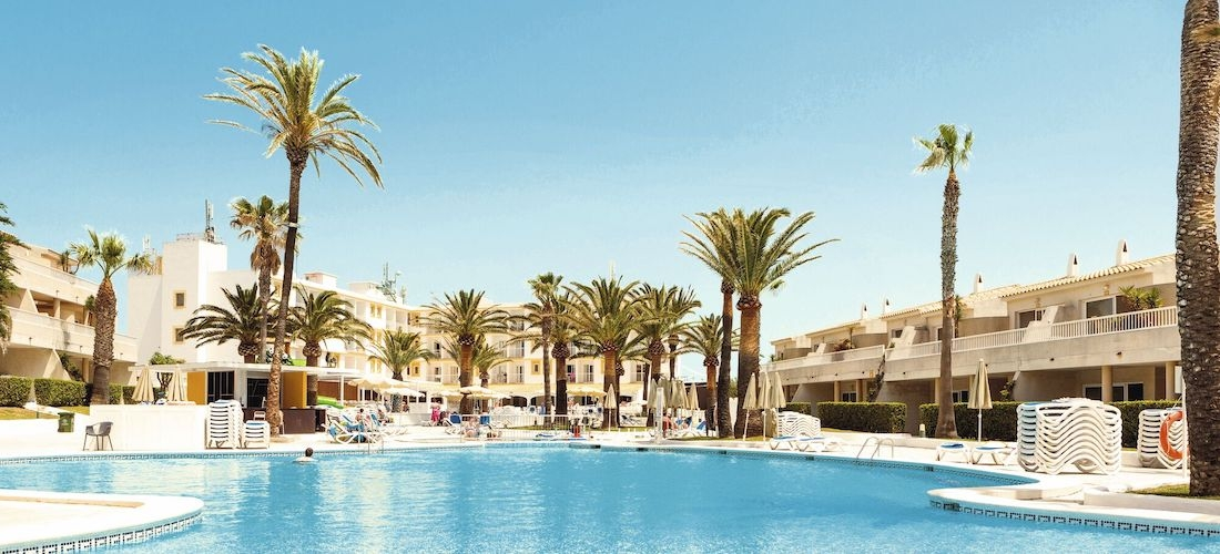 4* Menorca holiday w/flights