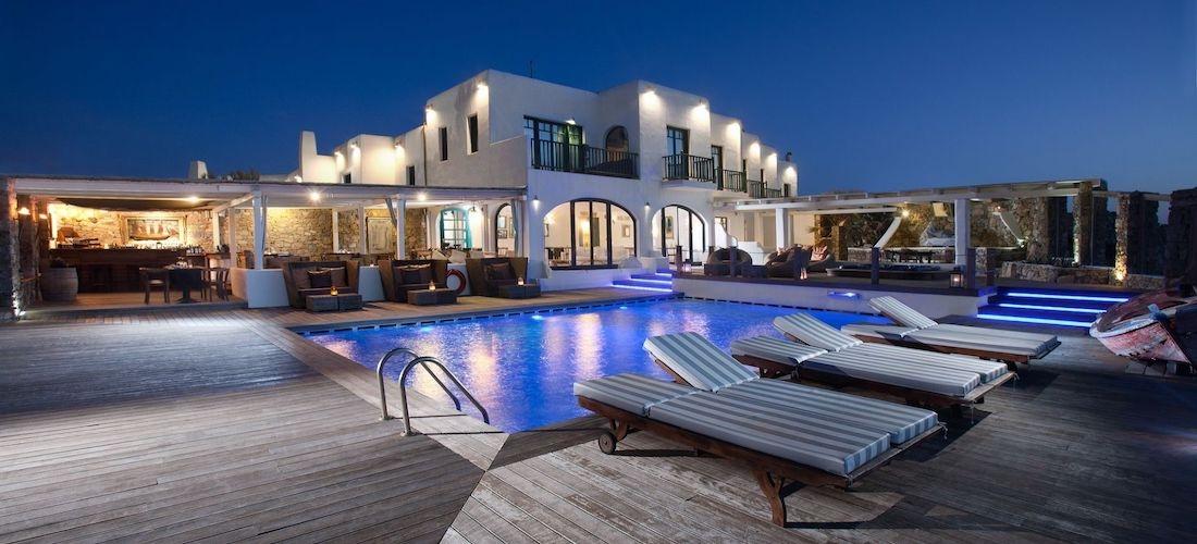 5* luxury Mykonos getaway w/breakfast & flights