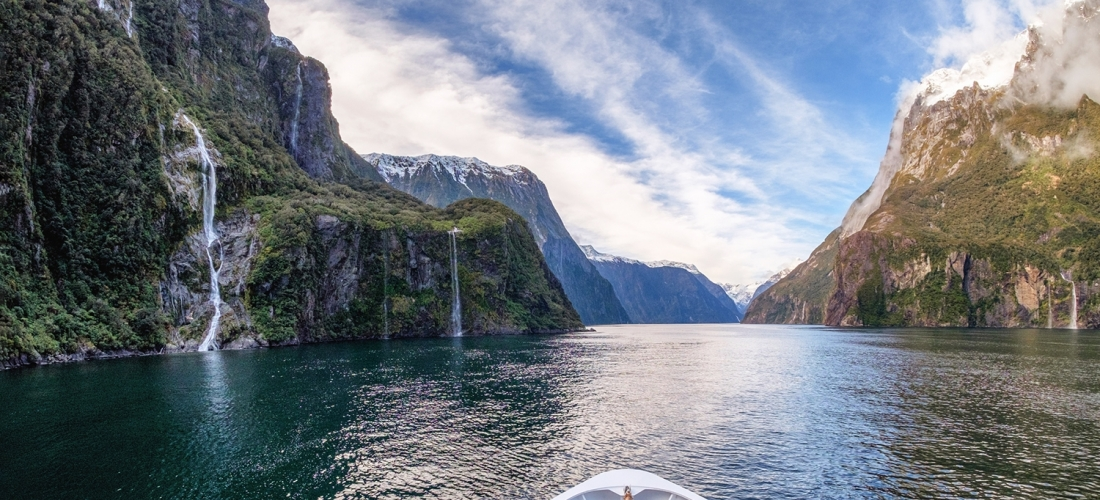 Luxury all-inc Australia & New Zealand cruise w/stays