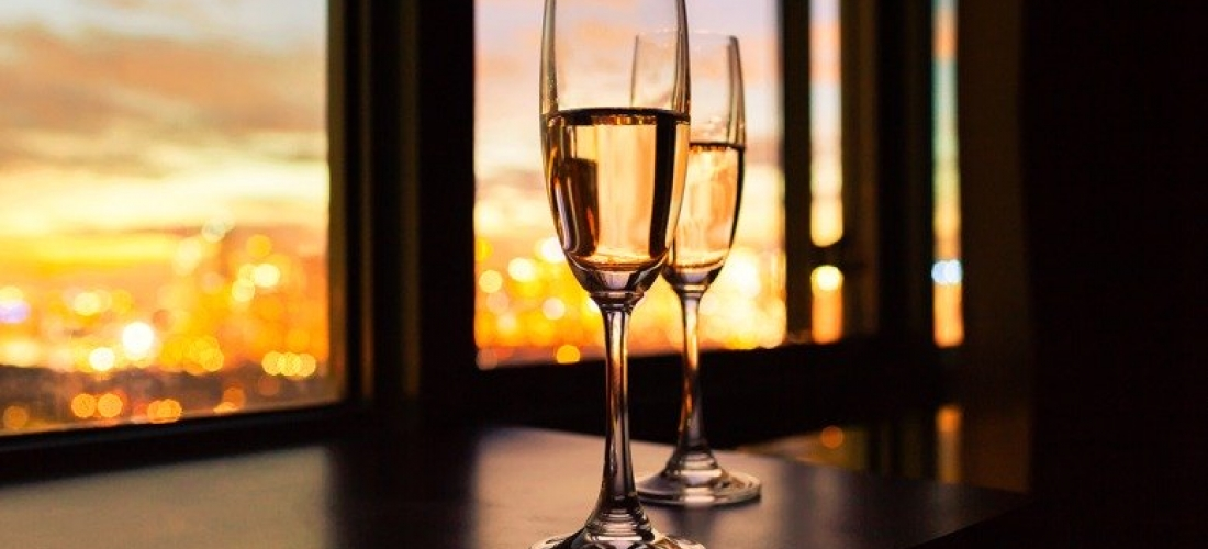 1nt Stay For 2 With Breakfast, Prosecco & Late Checkout