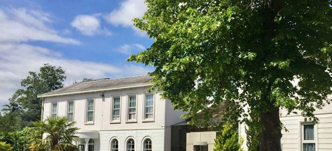 Hertfordshire Spa Stay, Dining & Drink for 2 @ Manor of Groves Hotel