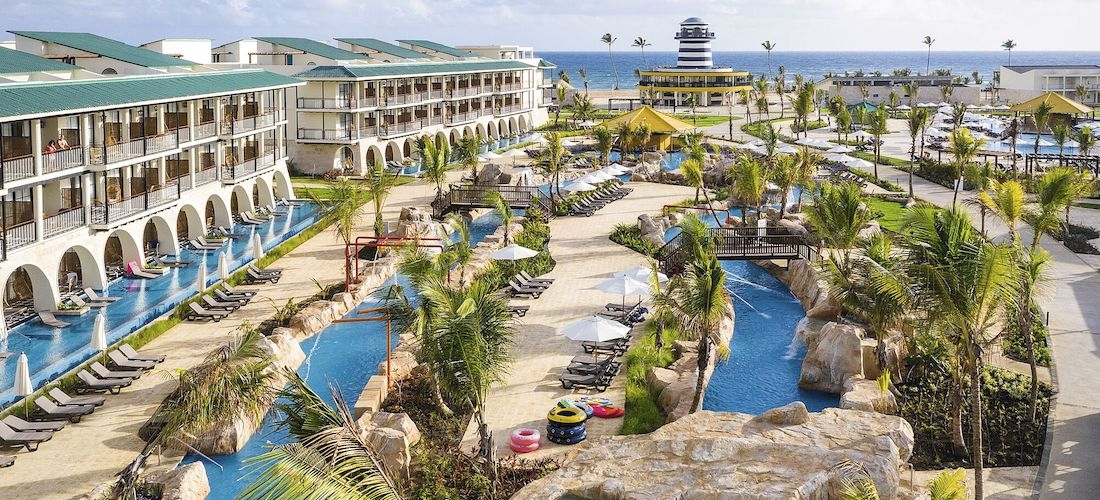 4* all-inclusive Dominican Republic getaway w/flights