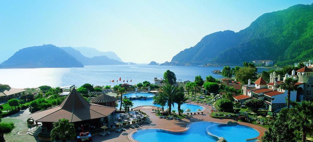 Turkey: 4* all-inclusive Dalaman getaway w/flights