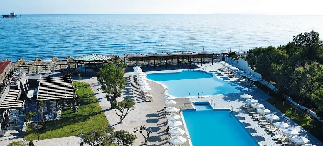 4* all-inclusive Crete getaway w/flights