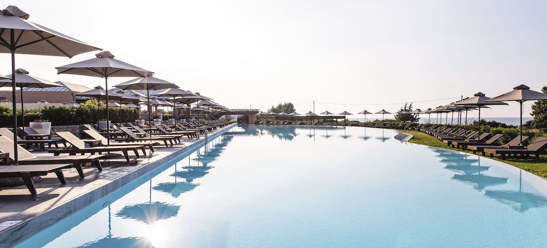 5* luxury half-board Kos getaway w/flights