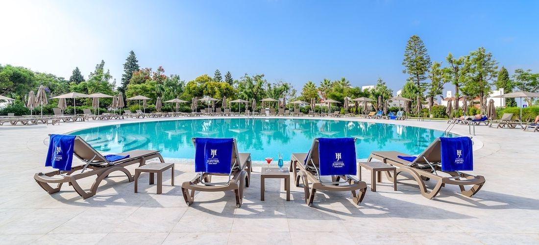 5* all-inclusive Algarve holiday w/flights