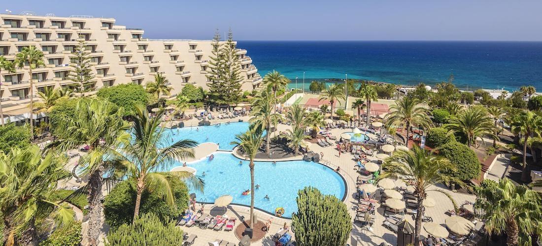 4* all-inclusive Lanzarote escape w/flights