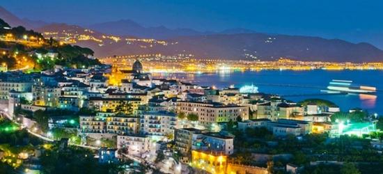 Costiera Amalfitana, Minori: 1 o 2 notti per 2 persone con colazione all'Hotel Caporal