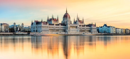 4* Budapest: 2 nights + flights