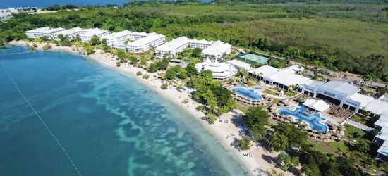 4* all-inclusive Jamaica holiday w/flights