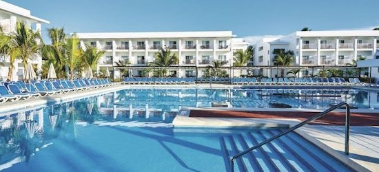 4* all-inclusive Dominican Republic escape w/flights
