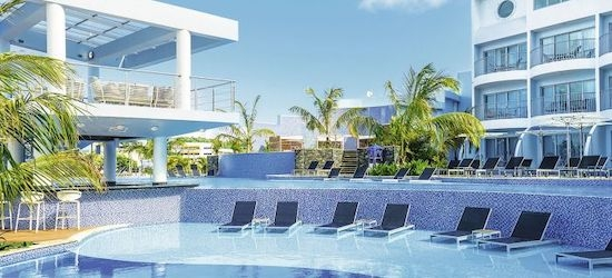 4* deluxe St Lucia escape w/flights