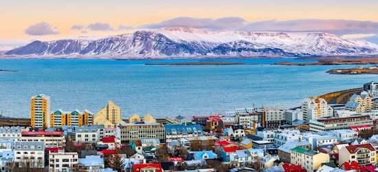 4* Reykjavik: 2 nights + flights