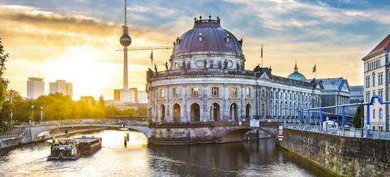 4* Berlin: 2 nights + flights