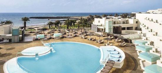 4* all-inclusive Lanzarote holiday w/flights