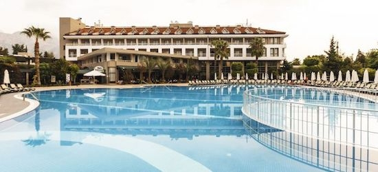 4* all-inclusive Antalya getaway w/flights
