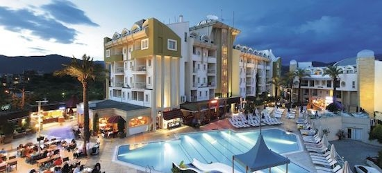 4* all-inclusive Dalaman getaway w/flights