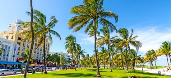 All-inc Caribbean cruise w/5-star Miami stay
