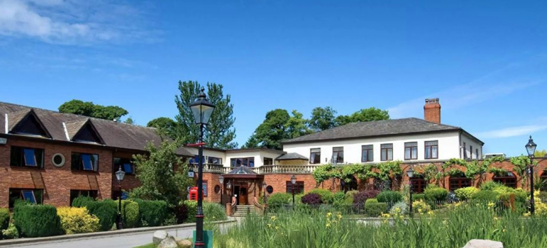 Cheshire Manor Stay, Breakfast & Dinner for 2