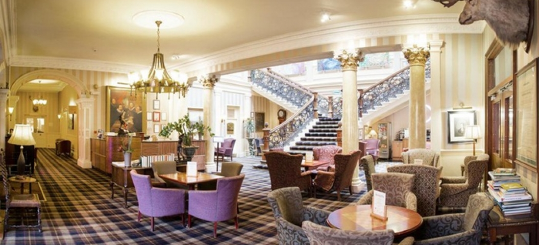 Inverness: Double/Twin Room with Breakfast and Option for Dinner and Wine at The Royal Highland Hotel