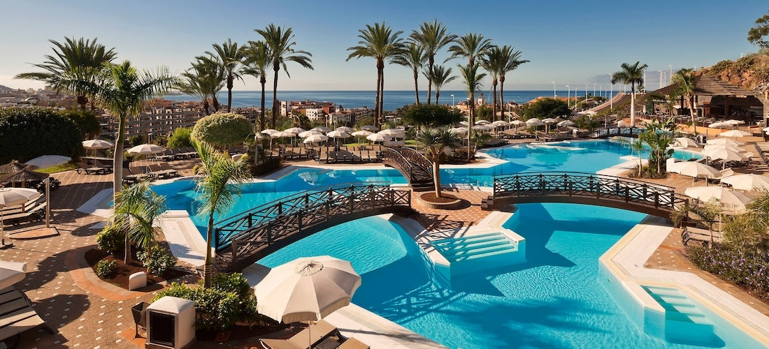 5* lux all-inc Tenerife break w/flights