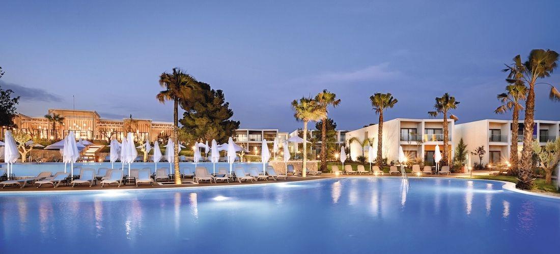 5* all-inclusive Algarve escape w/flights