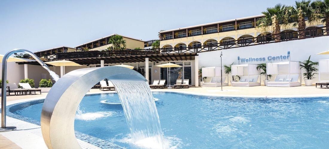 4* all-inclusive Fuerteventura week w/flights