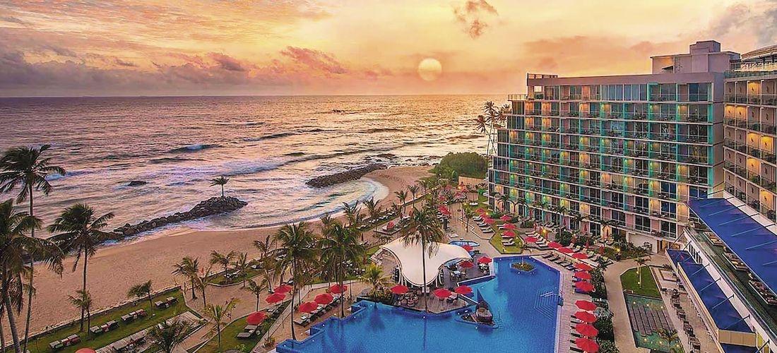 4* Sri Lanka getaway w/breakfast & flights