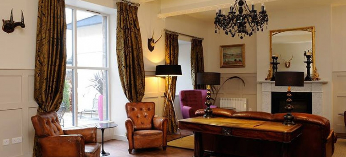 Edinburgh Stay, Prosecco & Afternoon Tea for 2