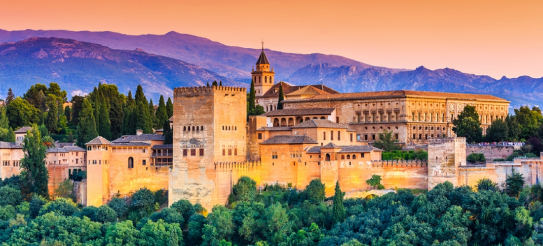 Granada City Escape  - Central Location!