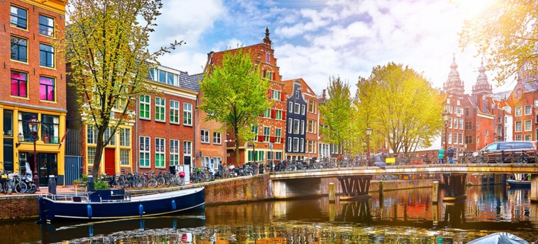Amsterdam City Getaway  - Central Locations!