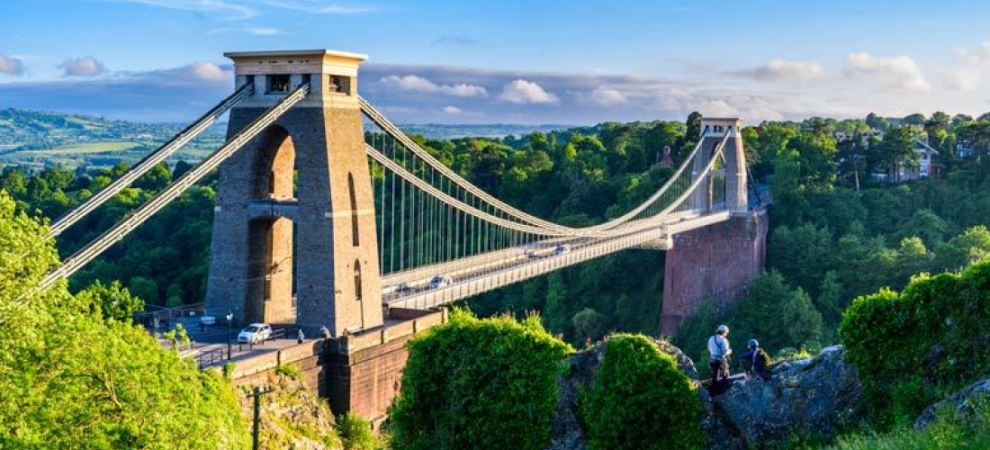 4* Bristol City Escape, Breakfast, Drink & Late Check Out for 2