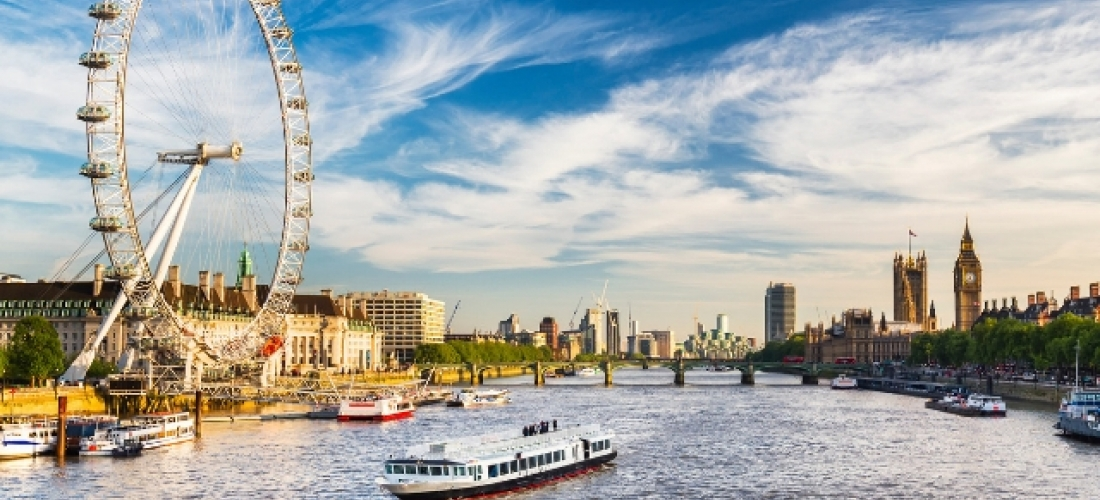 City trip London + river cruise & dinner, London, UK