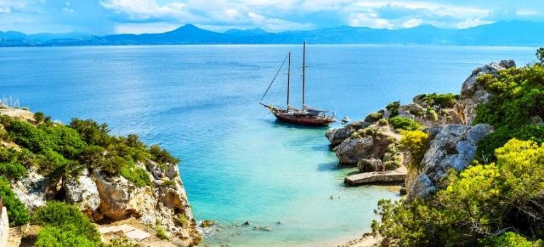 Beach and culture in Greece's Peloponnes