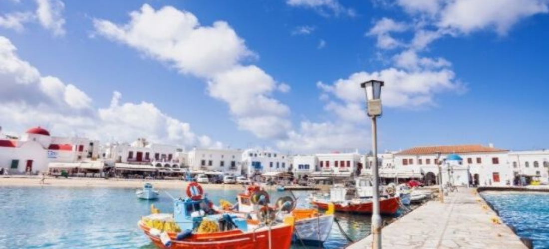 Explore the treasures of the Cyclades