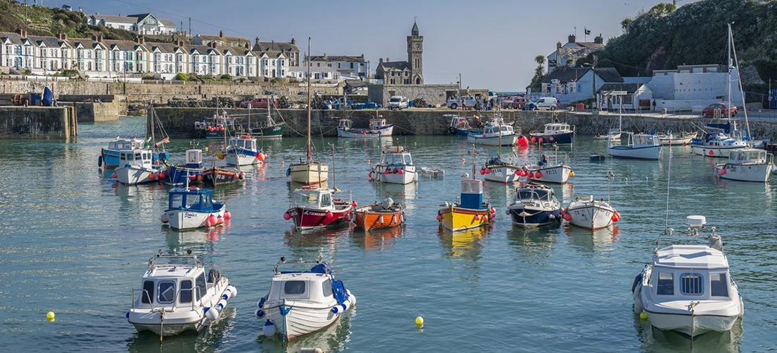 Win a 7-night luxury coastal cottage break for 4 in Cornwall
