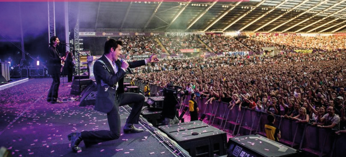 Win tickets to see The Killers and a stay for 4 in Manchester